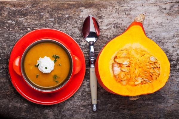 kuerbissuppe und halber hokkaido