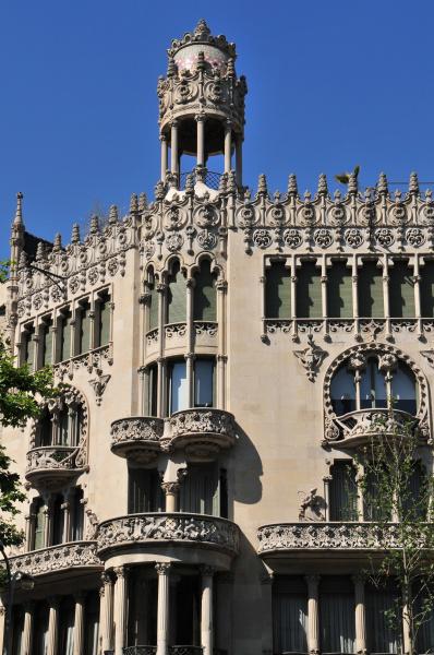 haus gebaeude denkmal monument spanien draussen