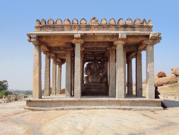kadalekalu ganesha temple at vijayanagara