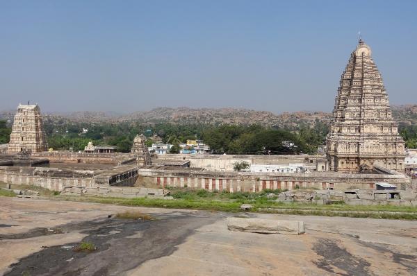 virupaksha temple at vijayanagara