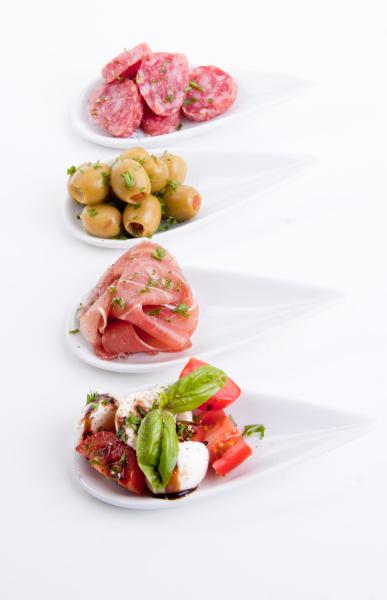 gemischte vorspeisenplatte mit parma parmesan tomaten