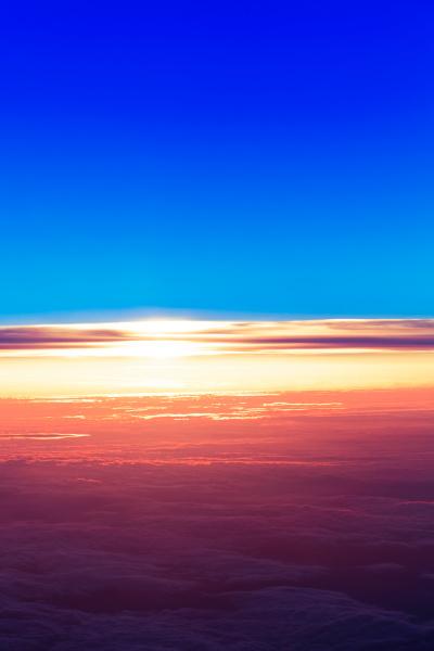 blau leuchten leuchtet hell blendend leuchtend