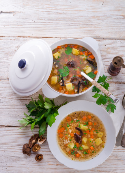 krupnik polish pearl barley soup