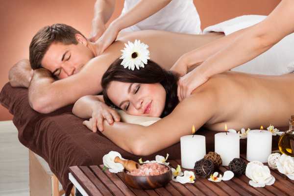 paarter empfangs massage in spa