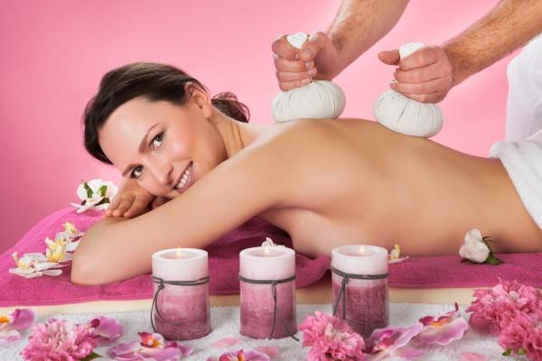 bett beet ruecken akupunktur massage massieren