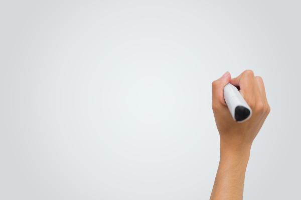 weibliche handschrift mit marker