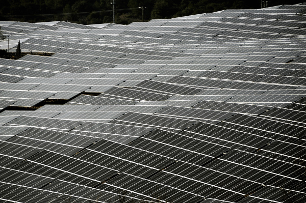 photovoltaik solaranlage in frankreich
