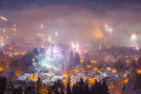 deutschland bayern oberstdorf feuerwerk an silvester