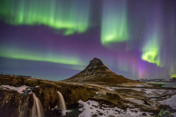 northern lights aurora island