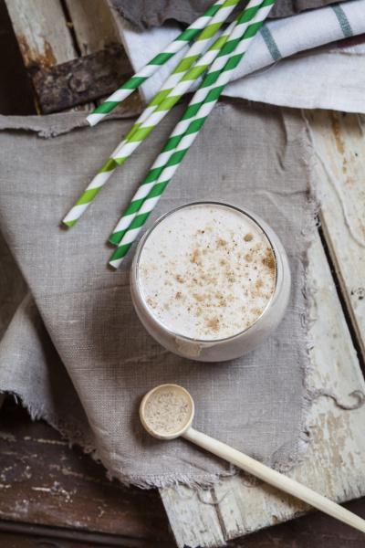 glas kaesekuchen smoothie mit tigernut pulver