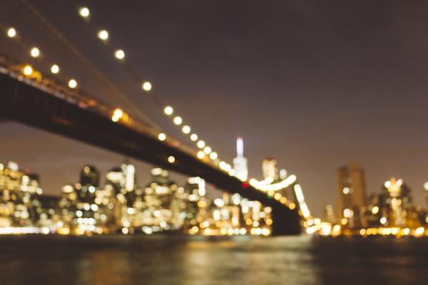 fahrt reisen stadt bruecke nacht nachtzeit