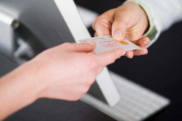 uebergabe kreditkarte