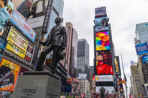 turm fahrt reisen freizeit farbe statue
