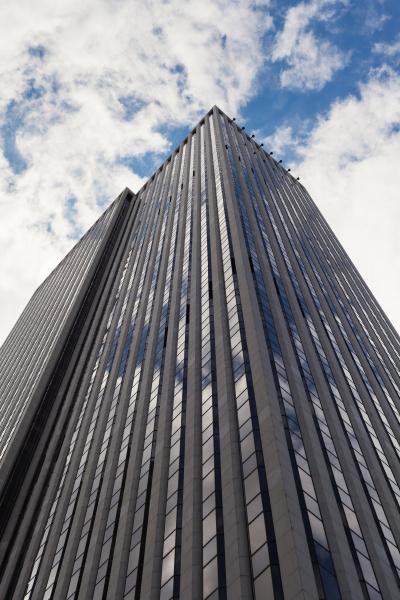 wolkenkratzer tiefwinkelansicht in new york city
