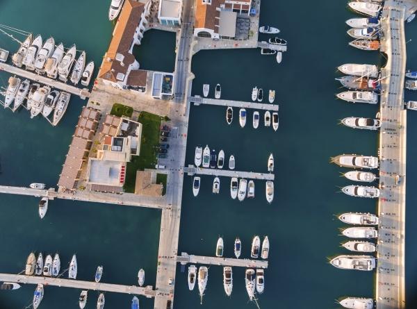 luftaufnahme von limassol marina zypern