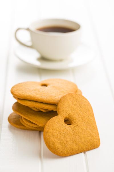 lebkuchenherzform und kaffeetasse