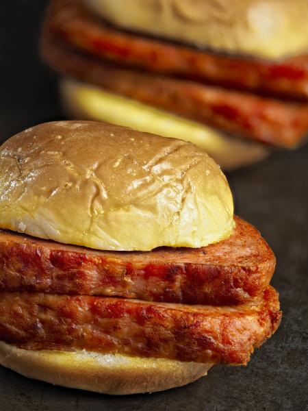 spam sandwich krebserregend rustikal schinken fruehstuecksfleisch
