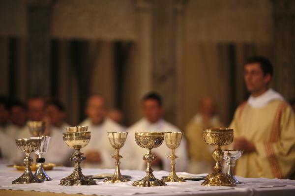 messe in der kathedrale saint jean