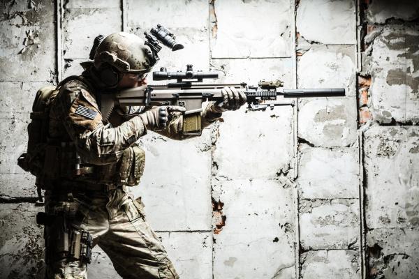 armee ranger im feld uniformen