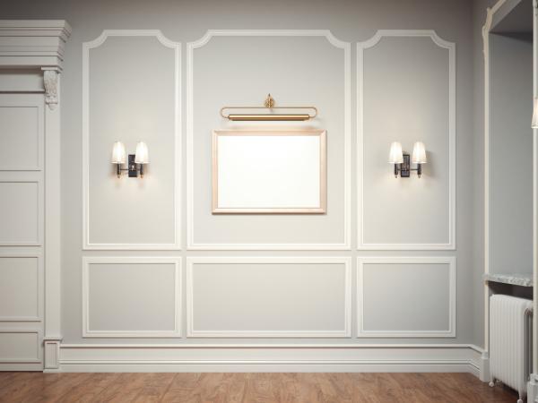 klassisches interieur mit einem goldenen bilderrahmen