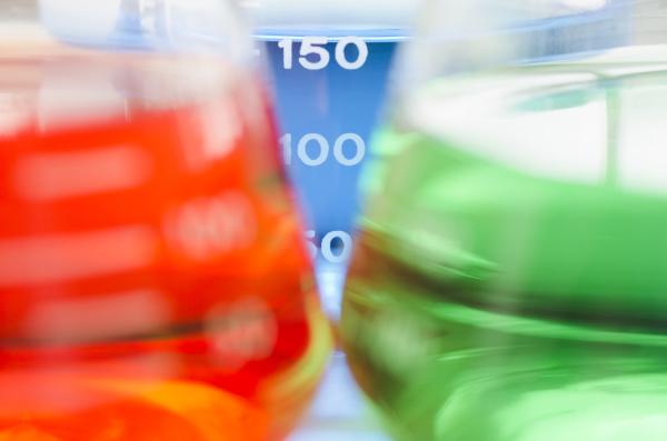 studio, shot, of, laboratory, beakers - 23939098