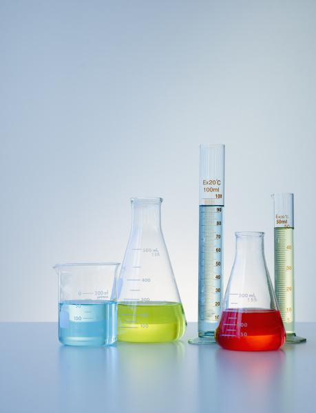 fluessig wissenschaft forschung senkrecht vertikal chemie