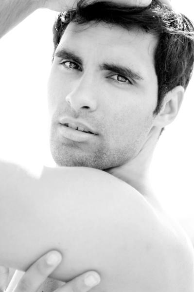 junger mann beautyportrat