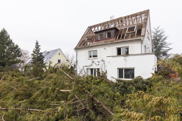 deutschland stuttgart abriss eines einfamilienhauses