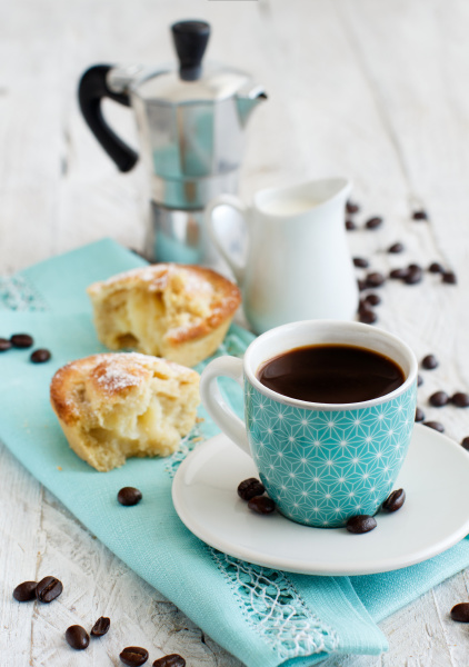 italienisches kaffeeset zum fruehstueck