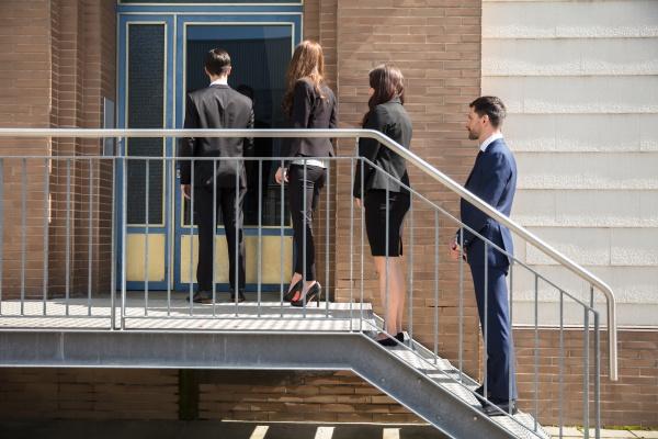 arbeitsstelle zentrum baustil architektur baukunst rekrutierung