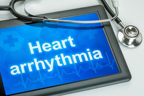 tablet mit dem text herz arrythmia