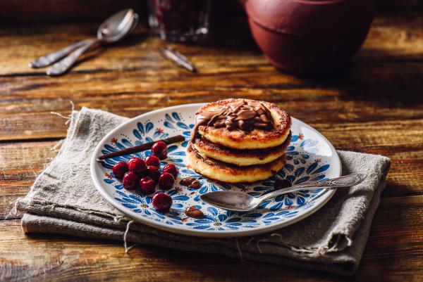 quark pfannkuchen mit kirsche