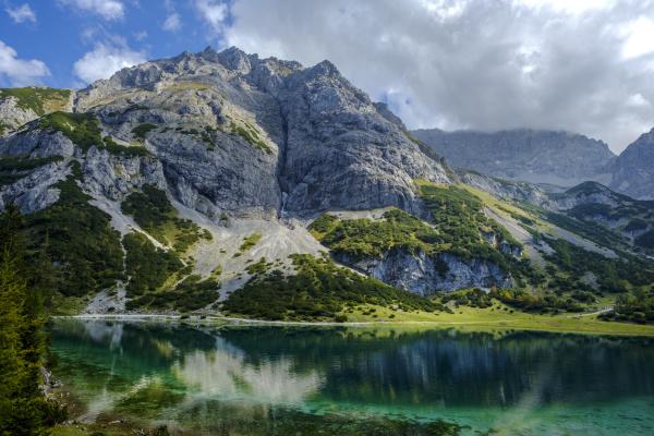 OEsterreich tirol wettersteingebirge mieminger kette ehrwald