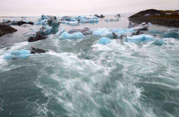 eisberge in jokulsarlon schoene gletscherlagune in
