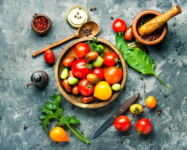 herbstliche tomatenkonservierung