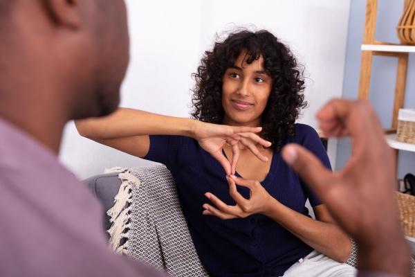 kommunikation mit gebaerdensprachen
