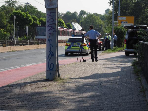 polizei mit blitzer in duesseldorf