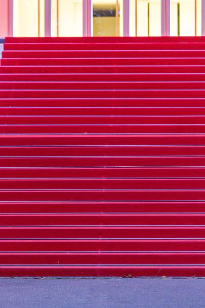 red carpet steps