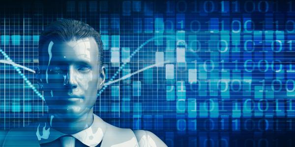 senior business man mit data analytics
