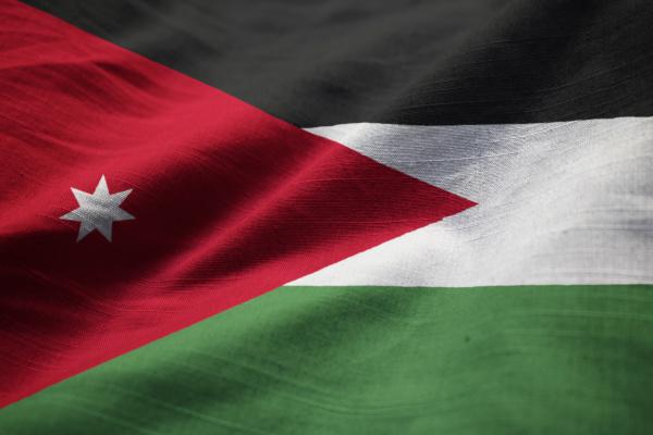 nahaufnahme der rueschen jordan flagge jordan
