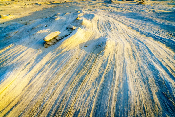 alwathba fossil dunes in vae