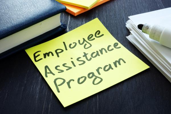 mitarbeiterunterstuetzungsprogramm eap zeichen und papierstapel