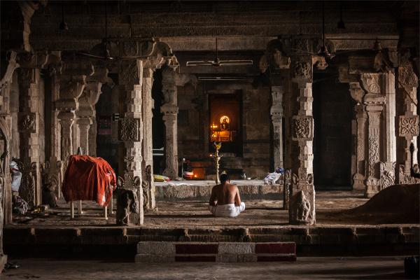 indian, brahmin, (traditional, hindu, society), priest - 28471635