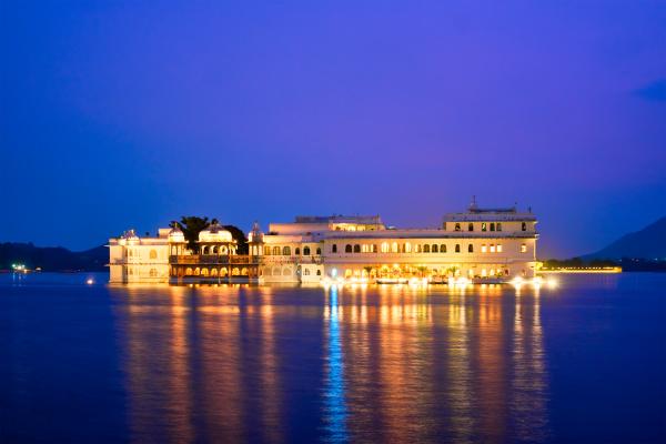 lake, palace, palace, am, lake, pichola - 28478330