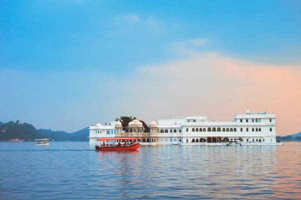 lake, palace, palace, am, lake, pichola - 28478445