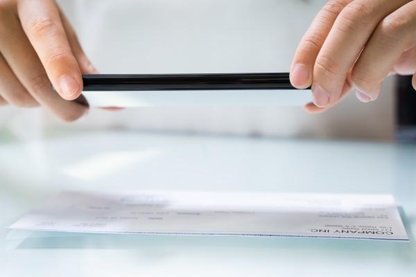 scannen von remote deposit check dokumenten