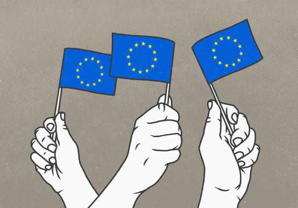 hände, schwenken, kleine, flaggen, der, europäischen - 28721975