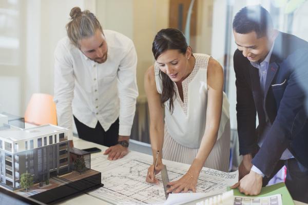 architekten, entwerfen, bauplan, im, büro - 28735992