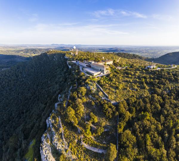 spanien mallorca drohnenansicht von santuari de