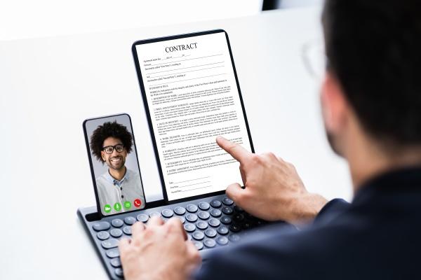 online videokonferenz geschaeftstreffen